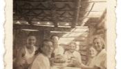 Šneidera ģimene savā pirmajā mājā, Anapolisā, 1950.g.